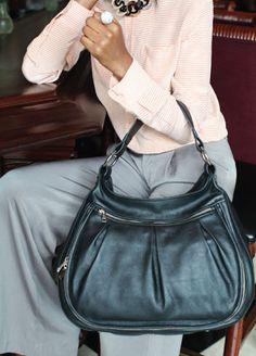 Women's Laptop Bag - http://alesyabags.com/shop/product/black-by-popular-demand/