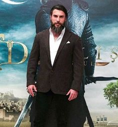 Noor Gul (Turgut Alp) character was played by famous Turkish model and actor in Dirilis Ertugrul. visit Showbiz Hut for more interesting details about Noor Gul, Turkish Women Beautiful, Turkish Men, Turkish Beauty, Turkish Actors, Hot Actors, Handsome Actors, Beautiful Person, Beautiful Boys, Famous Warriors