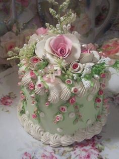 103 Cutest Wedding Cake Trends of These Days! Gorgeous Cakes, Pretty Cakes, Amazing Cakes, Fancy Cakes, Mini Cakes, Cupcake Cakes, Cake Roses, Fake Cake, Gateaux Cake