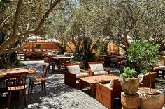 Soho House Garden - You Need To See Soho House's New L.A. Location - Lonny