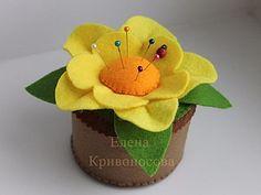 Мастер-класс: цветок-игольница из фетра   Ярмарка Мастеров - ручная работа…