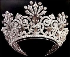 The Kochli Sapphire Tiara (Russian, whereabouts unknown) (Pic is in black & white, the sapphires are blue). Belonged to Alexandra Feodorovna.