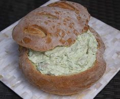 Recipe Smoked Salmon and Avocado Cob Loaf by Paula Moses - Recipe of category Sauces, dips & spreads