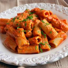 Makarna+Domates+Krema+Fesleğen+Parmesan