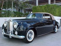 The Rolls has a cachet like no other car. A 1962 Rolls-Royce Silver Cloud II. Retro Cars, Vintage Cars, Antique Cars, My Dream Car, Dream Cars, Classic Rolls Royce, Automobile, Rolls Royce Silver Cloud, Rolls Royce Cars