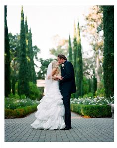 Rachel and Tommy have a fairy tale wedding at Montalvo, photographed by Tanja Lippert.