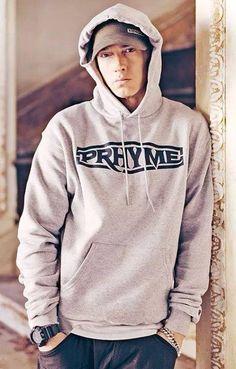 """Ouça prévia de """"Kings Never Die"""", nova música de Eminem em parceria com Gwen…"""