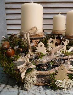 Adventskranz - NATURKRANZ ♥Rehe im Unterholz...♥ Adventskranz - ein Designerstück von kranzkunst bei DaWanda