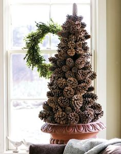 25 Festive Pinecone Craft Projects  Holiday Inspired
