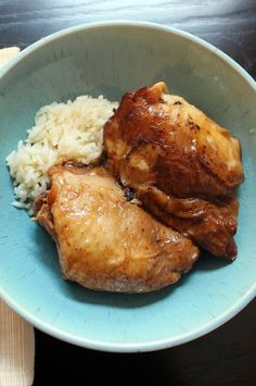 "Slow Cooker Filipino Chicken Adobo | ""This chicken adobo is a Filipino favorite made in the slow cooker. Serve with rice."" #slowcooker #slowcookerrecipes #crockpotrecipes #crockpotdinnerideas Slow Cooker Recipes, Crockpot Recipes, Healthy Recipes, Chicken Flavors, Chicken Recipes, Dump Meals, Slow Cooker Chicken, Weight Watchers Meals, Asian Recipes"