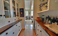 Smart Wooden Countertop Designs Ideas For Kitchen 15 – Home Design Design Your Kitchen, Pantry Design, Interior Design Kitchen, Diy Wood Counters, Kitchen Countertops, Narrow Kitchen, Rustic Kitchen, Kitchen Ideas, Kitchen Updates