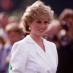 """#princessDiana #DianaPOWdaily #beautiful #DianaPrincessOfWales"" Photo taken by @diana_pow_daily on Instagram, pinned via the InstaPin iOS App! http://www.instapinapp.com (02/13/2015)"