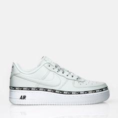 new style 1b106 6e36e Chaussures Air Force 1 07 SE Premium de Nike Sportswear. Une version  modernisée du modèle