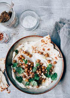 Weekendbites: Labneh recept met komijn en spicy kikkererwten