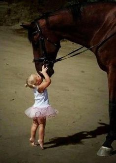 Horse and child ♥ my friend Kayla Wheeler would LoVe this photo <3