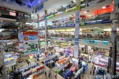 Shopping at Pantip Plaza, the most famous Bangkok electronics mall