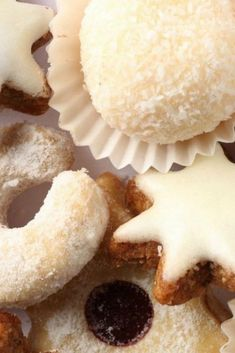 Croatia Travel Blog: This Croatian Christmas Cookie recipe is a bonus - two for one! Time to get baking. Click to find out more!