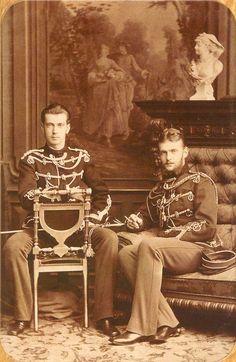 великие князья Сергей Александрович и Павел Александрович , младшие сыновья императора Александра II.