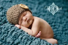 CROCHET PATTERN Cute as a Button Beanie (6 sizes included: newborn-adult) Permission to sell finished. $4.99, via Etsy.