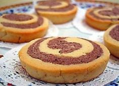Fursecuri spiralate, crocante si simplu de realizat Salty Foods, Sweet Cookies, Turkish Recipes, Homemade Beauty Products, Kakao, Sweet And Salty, Carrot Cake, Cupcake Cakes, Cheesecake