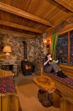 Ravishing Living Room With Fireplace That will Warm You All Winter Living Room With Fireplace – As soon as a requirement for survival, a. Tiny House Cabin, Log Cabin Homes, Tiny House Design, Log Cabins, Small Log Cabin, Tiny Cabins, Cozy Cabin, Cozy Fireplace, Living Room With Fireplace