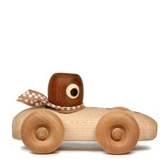 Miniluu — Handmade Wooden Race Car