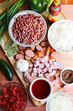 This recipe for New Orleans Red Beans and Rice is classic N'awlins! So incredibly flavorful and with just enough kick to make it fantastic! Creole Recipes, Cajun Recipes, Bean Recipes, Rice Recipes, Cooking Recipes, Chili Recipes, Cooking Ideas, Delicious Recipes, Soup Recipes