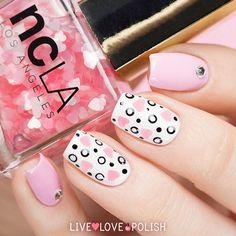 Pink heart nailart