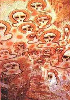 Wandjina petroglyphs from Kimberley, Australia. About 5,000 years old and may represent alien beings.