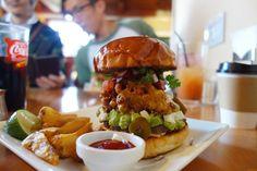 創聖合体後のMexican Corn Fritters Burger#meallog #food #foodporn #burger #burger_jp #ハンバーガー #