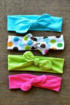 Pin now - make later!  DIY Top Knot Jersey Knit Headband - Tutorial.  Perfect for mommy and baby!