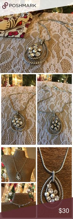 """🌺New Listing 🌺 Beautiful Brighton Necklace Beautiful Brighton Heart necklace in good condition.  Necklace is 16""""-18"""" adjustable and come with Brighton bag in picture. Don't pass this beautiful necklace up. Thanks for looking.❤️❤️ Brighton Jewelry Necklaces"""
