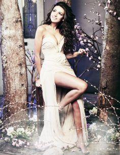 Michelle Keegan Beatiful Day, Clown Shoes, Michelle Keegan, Showgirls, Celebs, Celebrities, Formal Dresses, Wedding Dresses, Supermodels