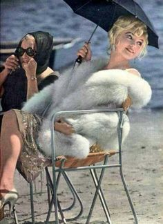 Marilyn Monroe And Paula