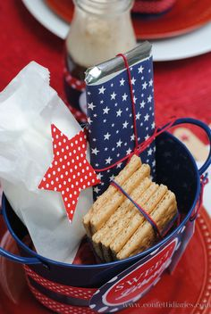 Delicious s'mores kits make a fun favor for Fourth of July barbeque guests.