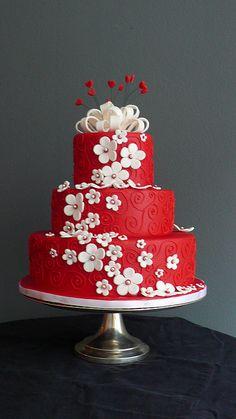 Valentine's Day Cake by Zobot Cakes.      ᘡղᘠ