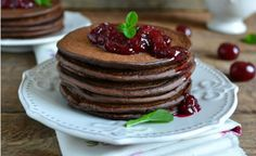 8 plant-based recipes for a festive brunch at home (Latest Items from TreeHugger) Breakfast Recipes, Snack Recipes, Cooking Recipes, Snacks, Chocolate Pancakes, Vegan Chocolate, My Favorite Food, Favorite Recipes, Vegan Substitutes