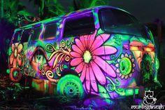 VW BUS........Hippie Era..... late 1960's