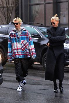 Hailey Baldwin, Justin Bieber, Modell Street-style, Black Like Me, Bella Hadid Style, Fashion Couple, Outfit Sets, My Wardrobe, Beautiful People