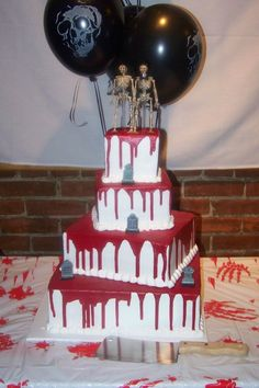 Bloody halloween wedding cake - dripping with deliciousness Halloween Wedding Cakes, Halloween Birthday, Halloween Cakes, Holidays Halloween, Halloween Themes, Halloween Decorations, Halloween Party, Birthday Parties, Birthday Cake