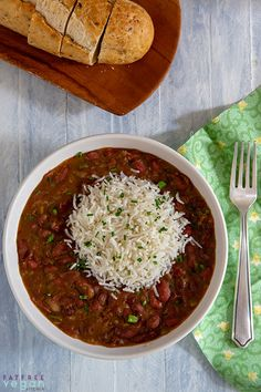 Real Louisiana Red Beans and Rice in the Instant Pot: You can cook this spicy pot of beans on the stove or in the Instant Pot. This authentic vegan Red Beans and Rice contains no animal products--and you won't miss 'em! Vegan and naturally gluten-free. Rice And Beans Recipe Vegetarian, Red Bean And Rice Recipe, Vegetarian Recipes, Healthy Recipes, Vegetarian Red Beans And Rice Recipe, Camellia Red Beans And Rice Recipe, Vegan Recipes Crock Pot, Red Beans And Rice Recipe Canned Beans, Red Beans And Rice Recipe New Orleans