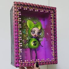 There is surprisingly more work and thought involved in making the perfect box than the dolls! Sculpture Art, Sculptures, Dolls, Box, Drawings, Frame, Artwork, How To Make, Painting