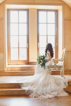 Oheka Castle Fairytale Wedding Photos - Kristen Booth Photography. Fairytale wedding gown. Castle wedding. Galia Lahav wedding gown Popular Wedding Dresses, Wedding Dress Trends, Fairytale Weddings, Fairytale Castle, Galia Lahav Wedding Gowns, Bridal Tips, Bridal Hair, Types Of Gowns, Bridal Skirts