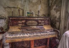 'Music of the past' HDR piano urbex Abandoned Buildings, Abandoned Places, Beautiful Ruins, Picture Outfits, Photo Essay, Falling Apart, Piano, The Past, History