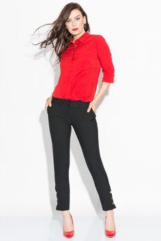 Bayan Siyah Kumaş Pantolon  http://www.cazibe.com.tr/bayan-pantolon/bayan-siyah-kumas-pantolon.html