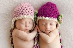 Another darling twin pic!