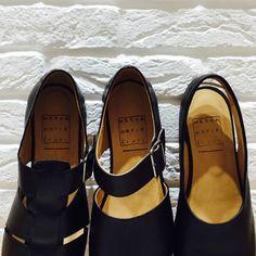 Sandals...❤️ #wannamariafiori  #wanna #unisex  #unisexfashion  #shoes  #shoelover  #shoeporn  #blogger  #fashionblogger  #fashionblog  #fashion  #potd  #picoftheday  #ootd  #outfitoftheday   #leather  #madeinitaly  #cool  #summer  #flatshoes  #flat  #style  #lifestyle  #moda #scarpe #inmyshoes ❤️ www.facebook.com/wannamariafiori ❤️
