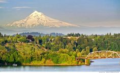 Oregon was the number one destination for those moving from one state to another for the second year in a row.