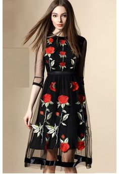 #Rochie #eleganta cu trandafiri