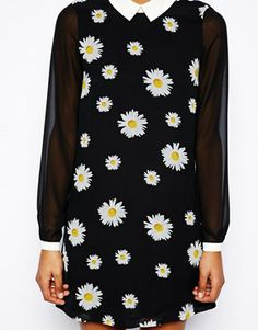 Chiffon sleeved daisy dress with cute peter-pan collar